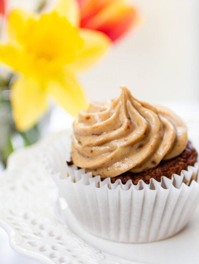 Vegan Carrot Cake Cupcakes